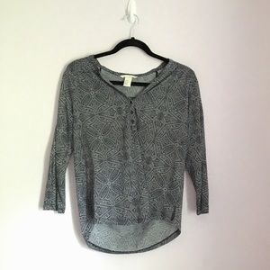 H&M Dark Navy Blue and White Patterned Shirt